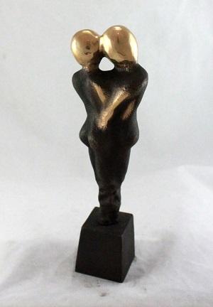 bronzeskulptur_lene_purkaer_stefansen_bronzefigur_kunst_skulpturer_I_kaerligheds_symbiose