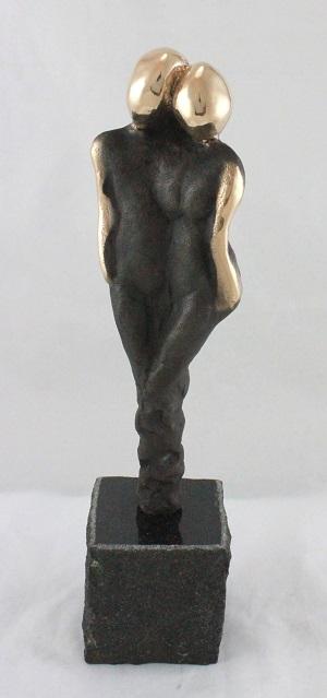 bronzeskulptur_lene_purkaer_stefansen_bronzefigur_kunst_skulpturer_i_kaerlighed_er_vi_sammen