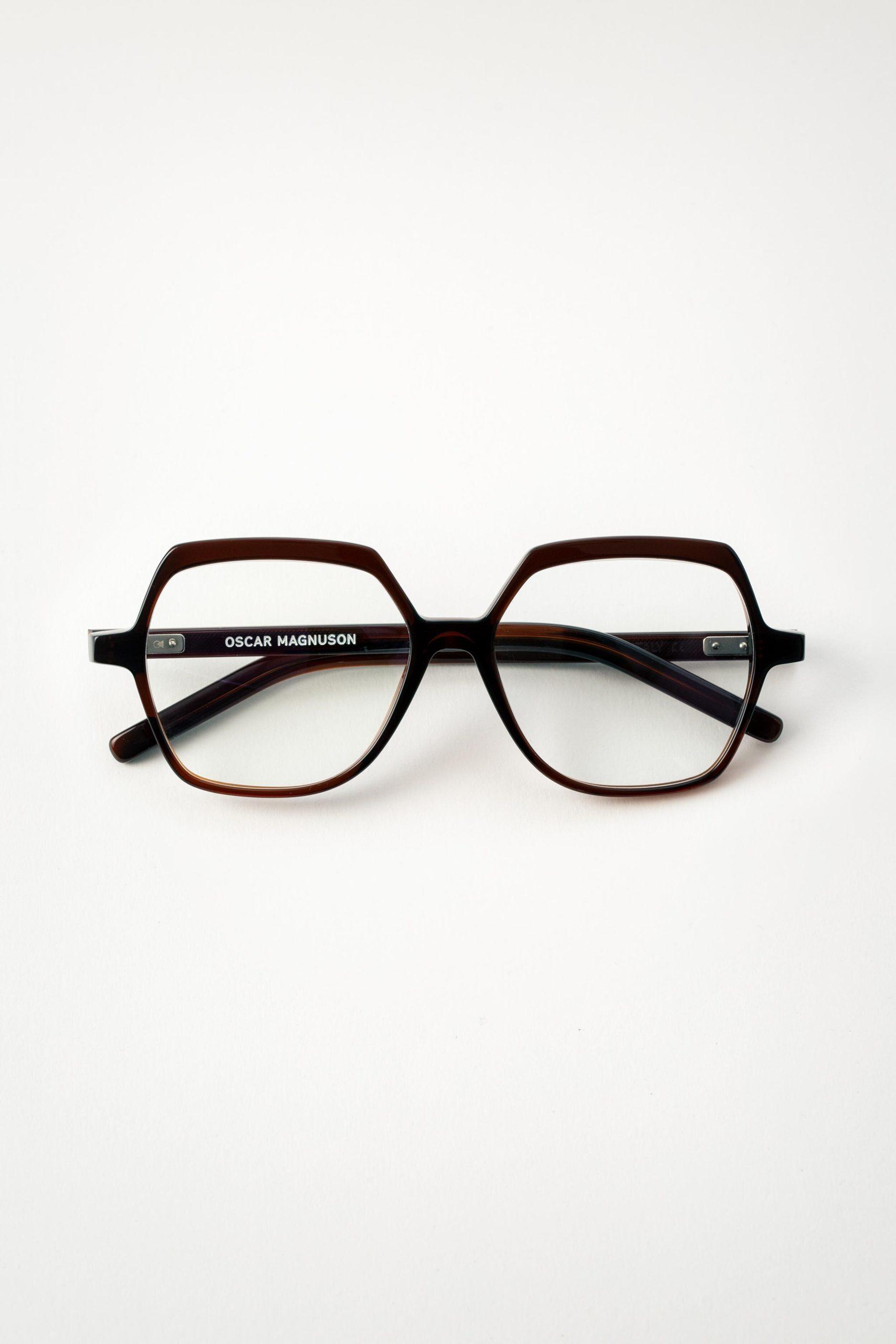 lunette oscar magnuson bio-acetate brun foncé chez Leneta