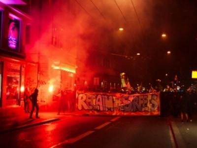 riots_zurich151214