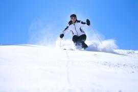 Winter ski fashion