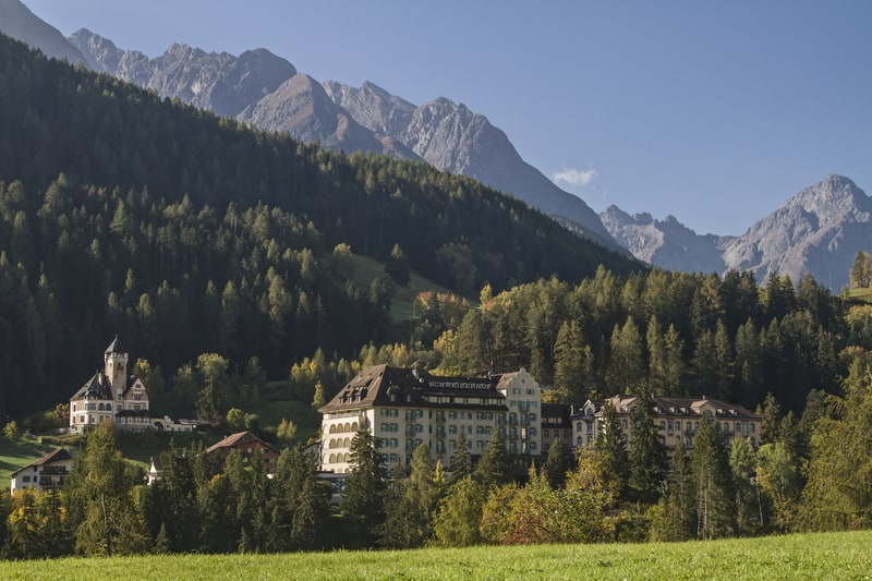 Swiss hotel closures