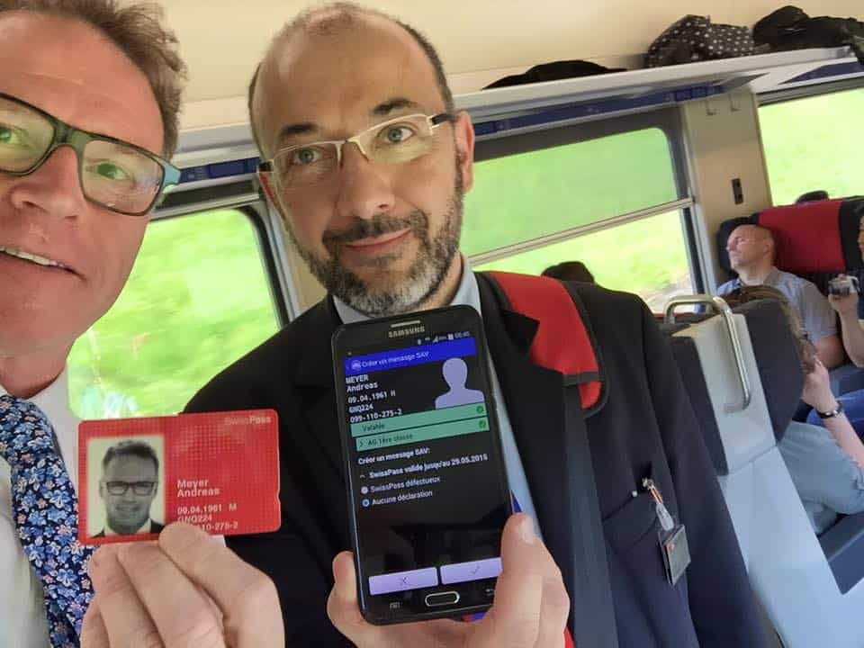 The CEO of Swiss Rail presents his Swisspass - Source: Facebook