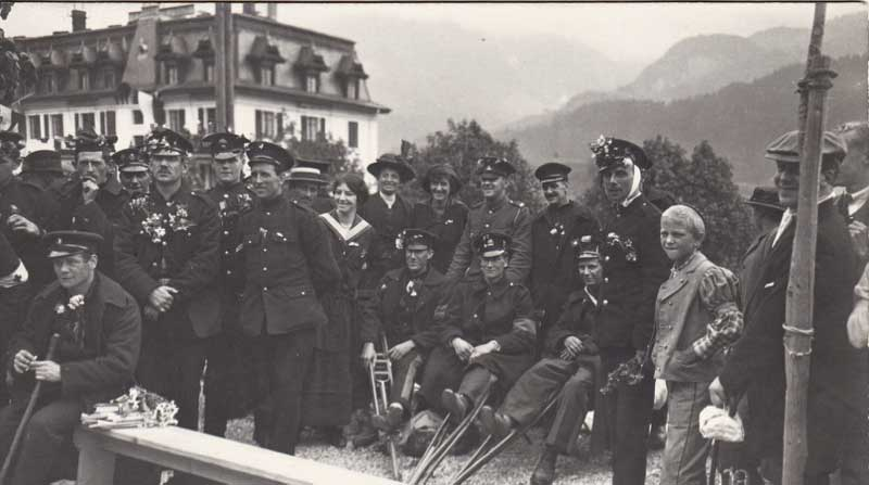 Interned British soldiers in Chateau d'Oex, Switzerland