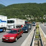 Traffic jams cost Switzerland 1.6 billion francs a year