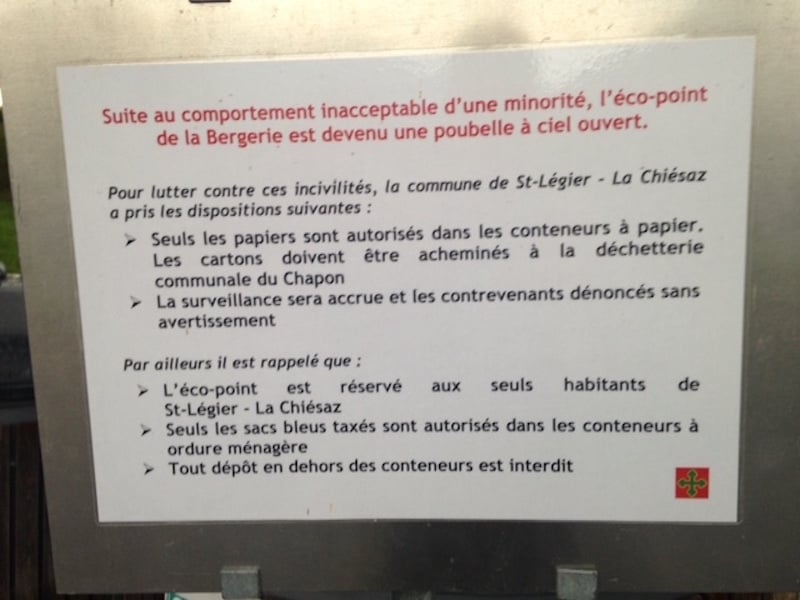 Warning sign the St-Legier recycling point