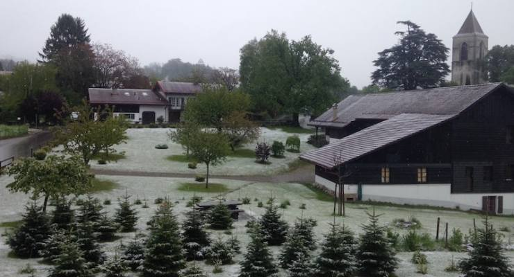 Snow returns to Switzerland