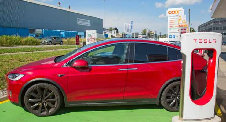 Electric cars in Switzerland must soon make fake noise