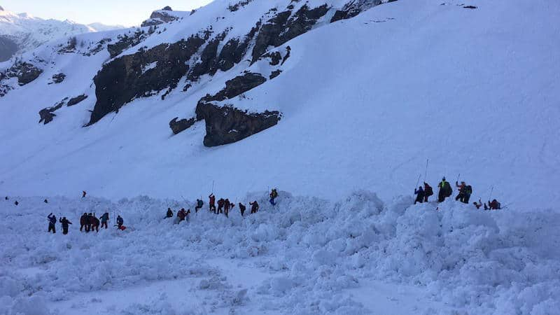 Bone-chilling moment Swiss avalanche buried skiers caught on camera