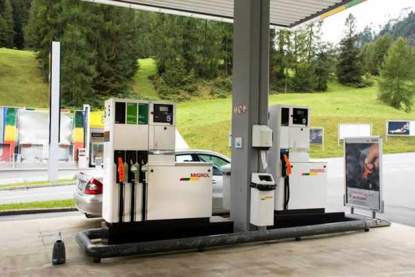 Swiss commission supports fuel tax hike