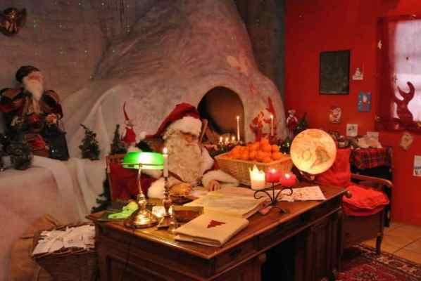 Santa's grotto Montreux