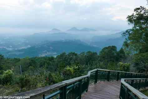 Walking trail to Jinlongshan