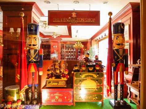 Beautiful shop in hotel Kensington