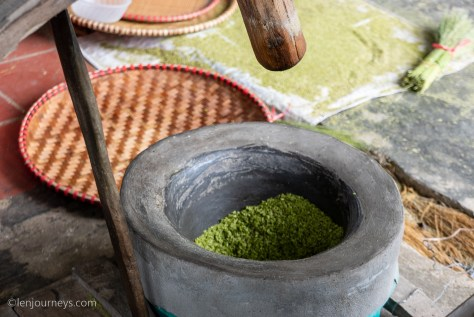 Green rice flake