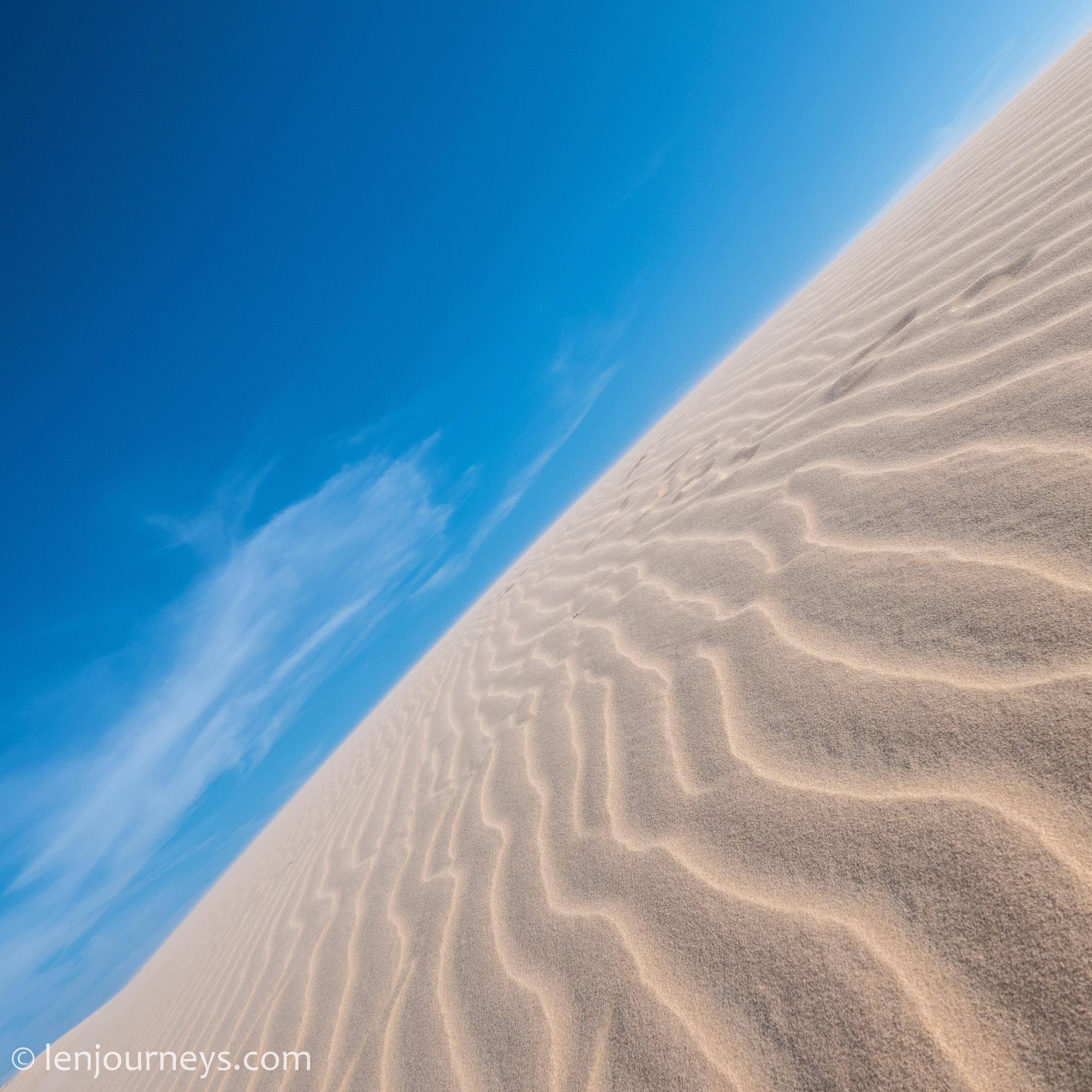 White sand (minimalist)