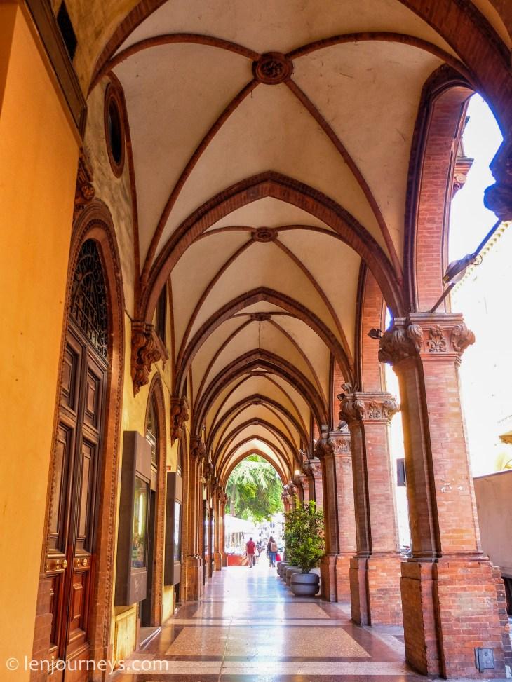 Porticos as a colonnade, Bologna