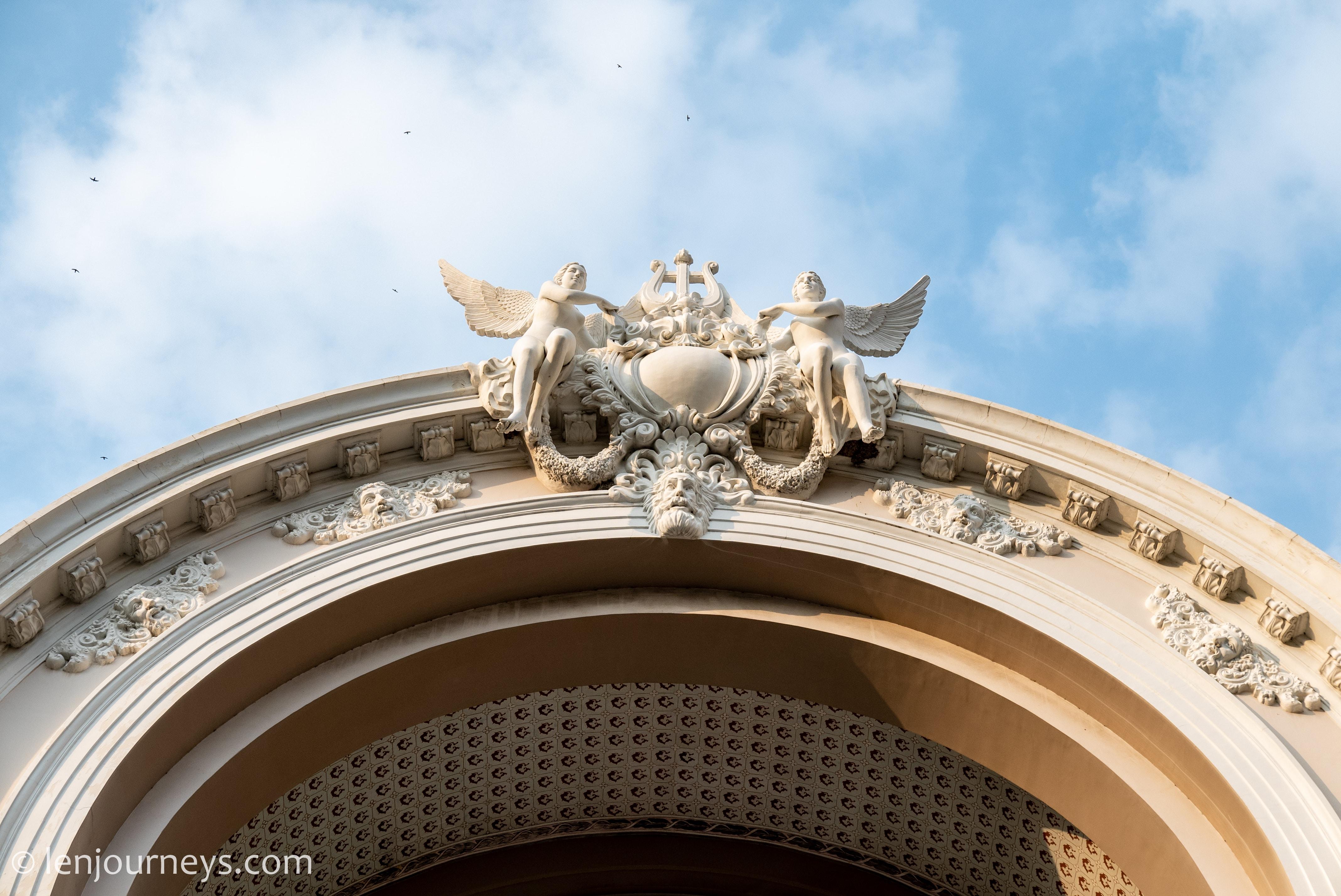 Muse statue, Saigon Opera House