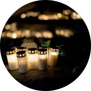 Hřbitovní svíčky s víčkem