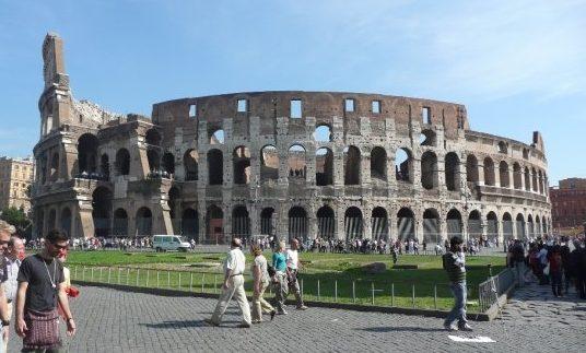 Koloseum, Rím, Taliansko, cestovateľský blog