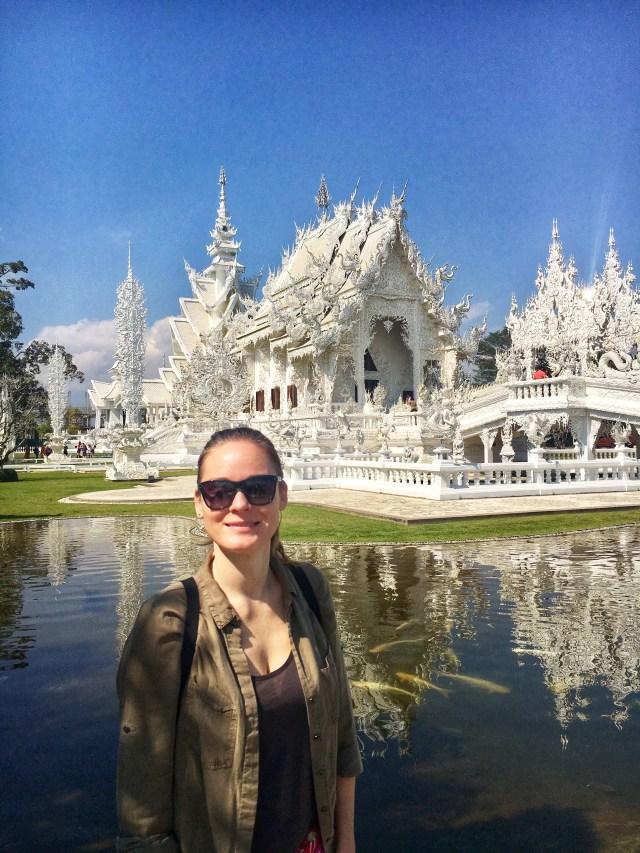 Biely chrám, White Temple, Wat Rong Khun, Chiang Rai, Thajsko, Lenka Says, LenkaSays, blog o cestovaní, cestovateľský blog, blog o životnom štýle, travel & lifestyle blog