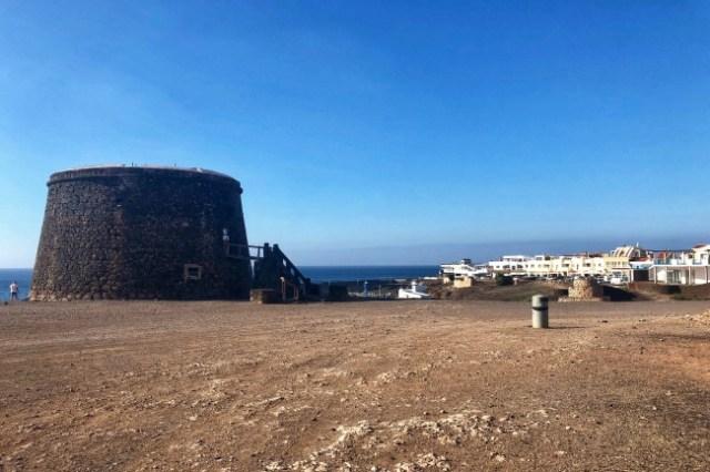strážna veža Castillo del Tosón, Fuerteventura, Kanárske ostrovy, Španielsko