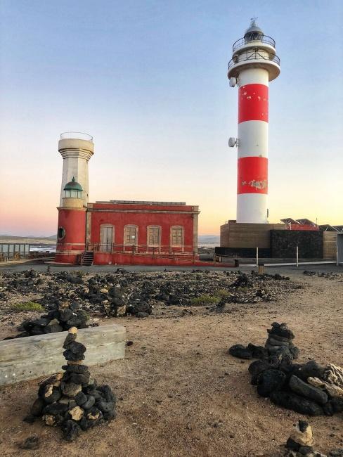 maják Faro del Tosón, Fuerteventura, Kanárske ostrovy, Španielsko