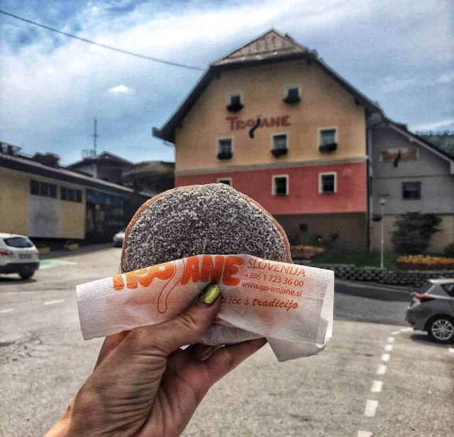 šišky v Trojane, Slovinsko