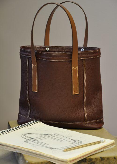 Sac pour femme en taurillon Valentine II avec poignées en vachette, sac doublé en coton avec poches. Création et fabrication française par LE NOËN.