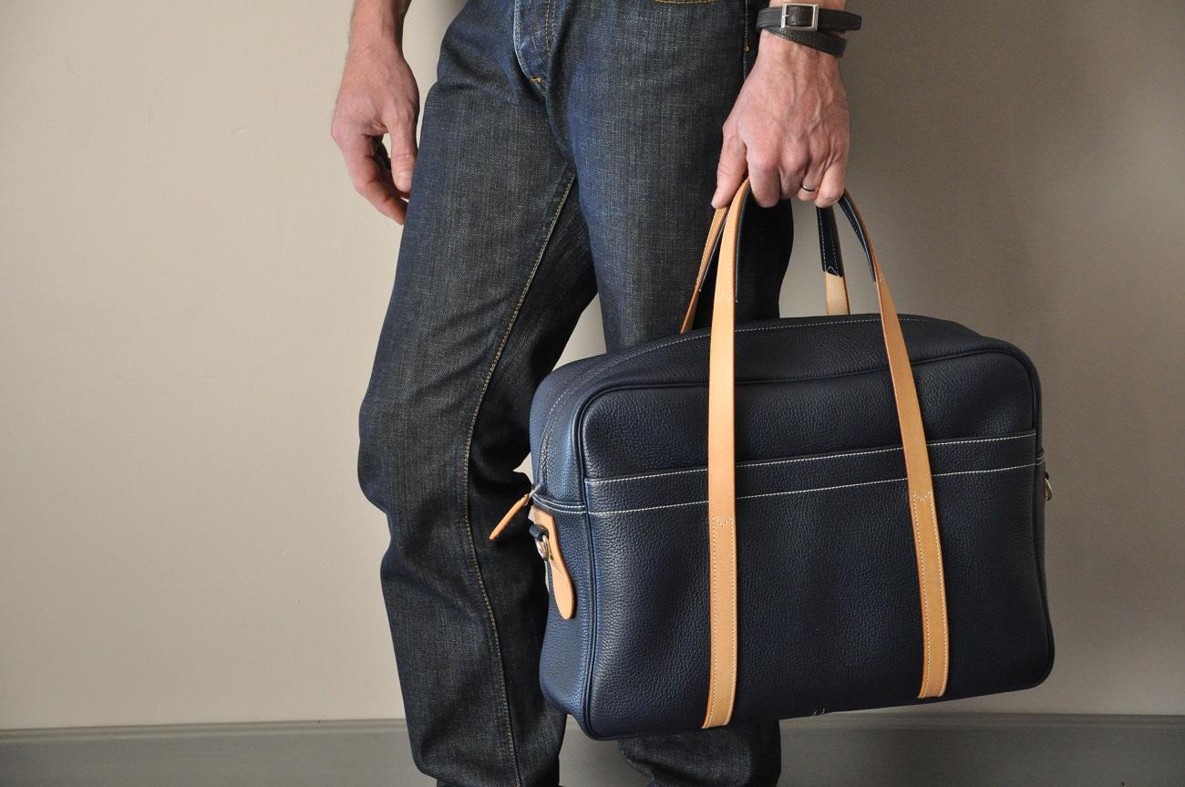 Sac business ou week-end London Gentleman en vachette grainée, doublé en coton. Création luxe Philippe LE NOËN.