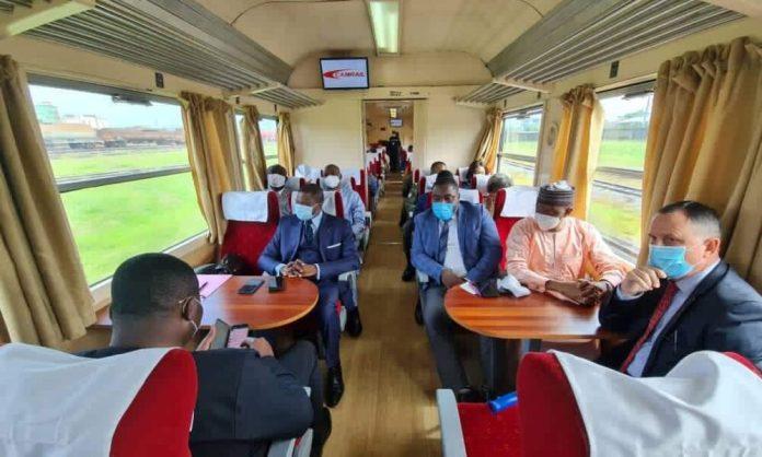 ️-aureole-tchoumi-:-«la-vision-des-transports-en-general-au-cameroun-est-stagnante-depuis-50-ans»