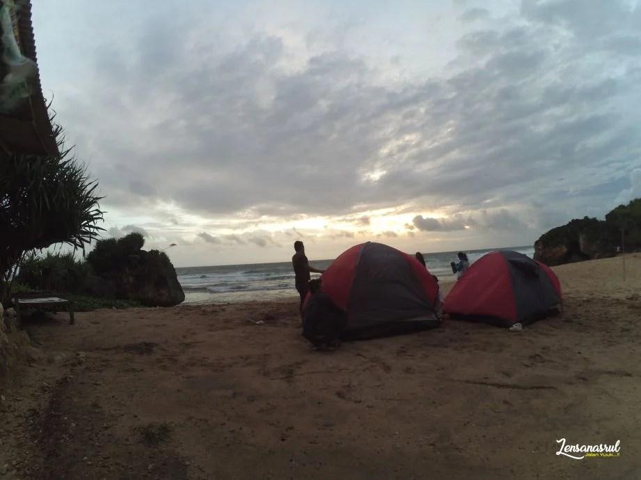 Pantai Ngrumput Gunungkidul
