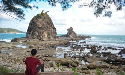 Pantai watu lumbung gunungkidul yogyakarta