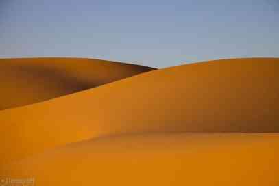 erg chebbi dunes / morocco