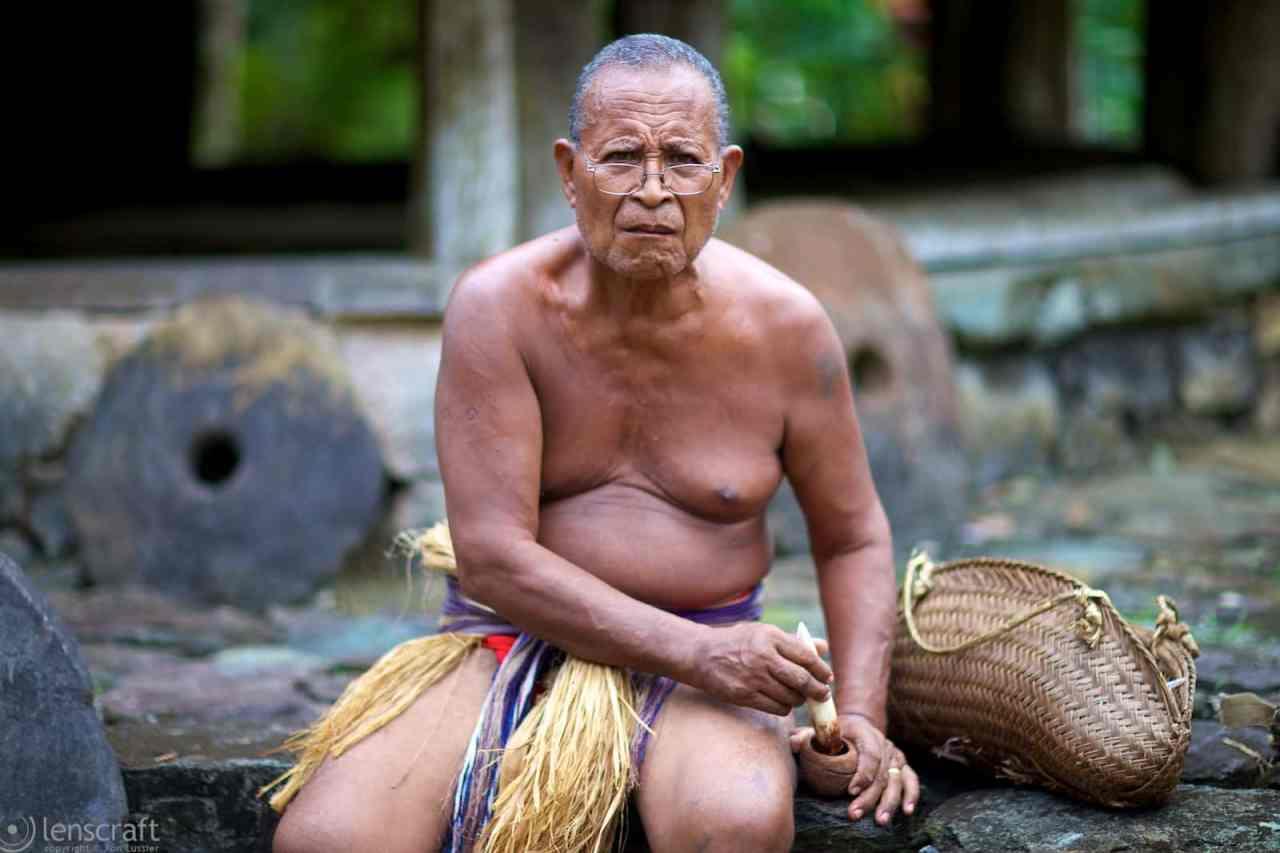 elder mashing betel nut / yap, micronesia