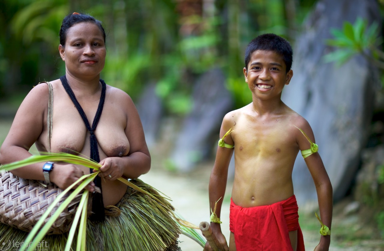 mother and son / yap, micronesia