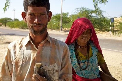 the woodsman and his wife / chandan, india