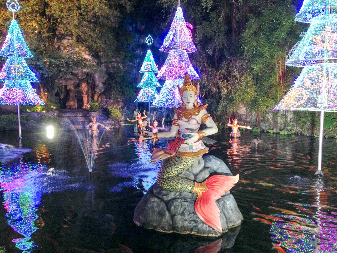 mermaid pond at christmas / kamala beach, thailand