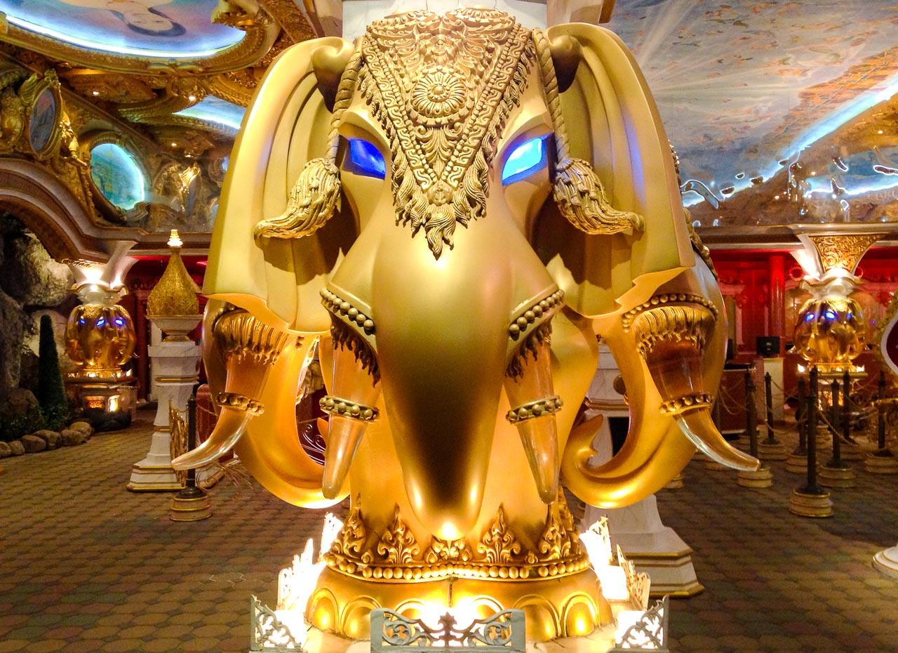 robo-elephant / kampala beach, thailand