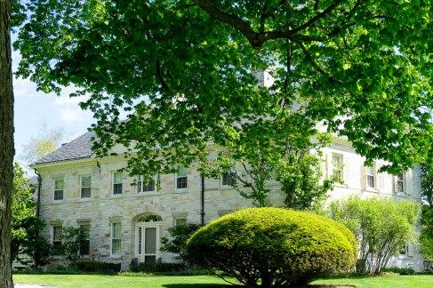 Cobble Pond Farm house