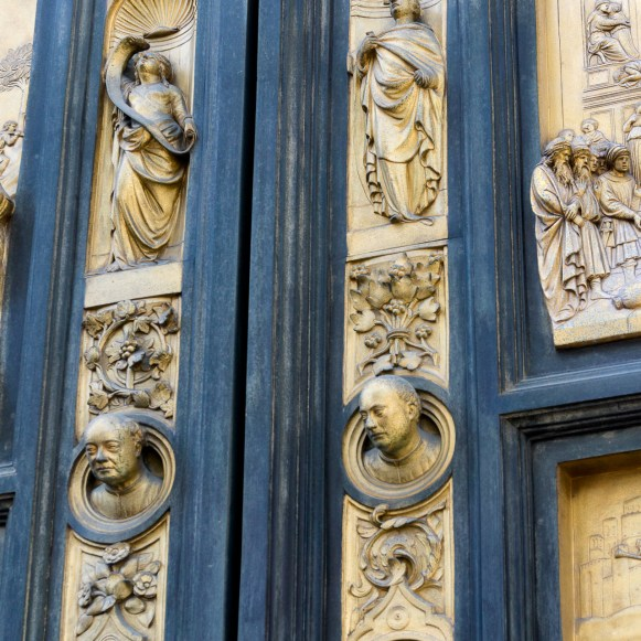 These lower panels are from the viewer perspective. See Ghiberti's head?