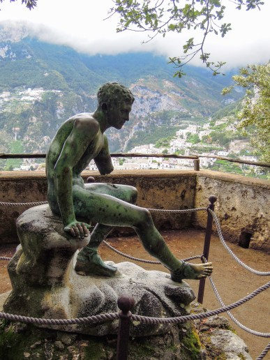 "Mercury's Seat is a statue meant to inspire relaxation. The inscription thereon reads: ""Lost to the world of which I desire no part, I sit alone and speak to my heart, satisfied with my little corner of the world, content to feel no more sadness for death."""