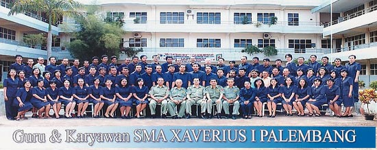 guru SMA Xaverius 1 di Palembang