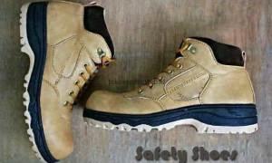 Merawat Sepatu Safety