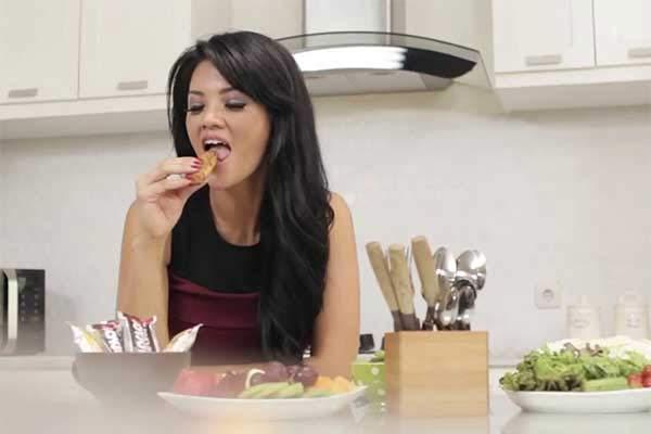 Farah Quinn Pola Makanan Sehat