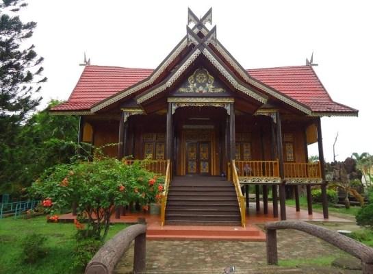 rumah tradisional Jambi