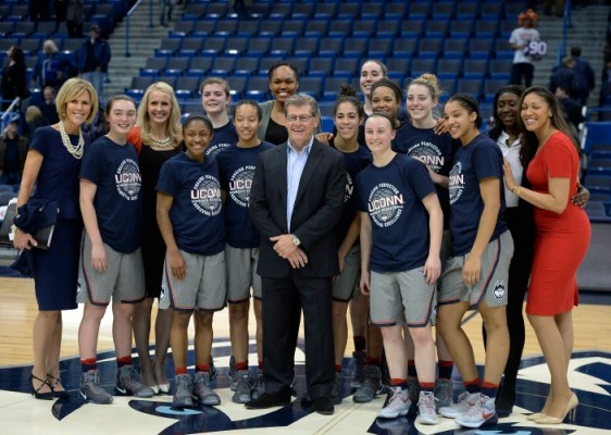 UConn Women's Basketball: 9,923 #AndCounting