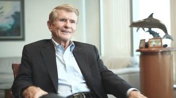 Dr. Larry Senn
