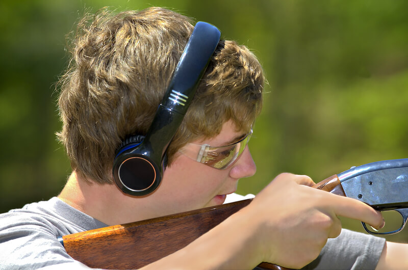 Leominster Firearm Training_man aiming shotgun training