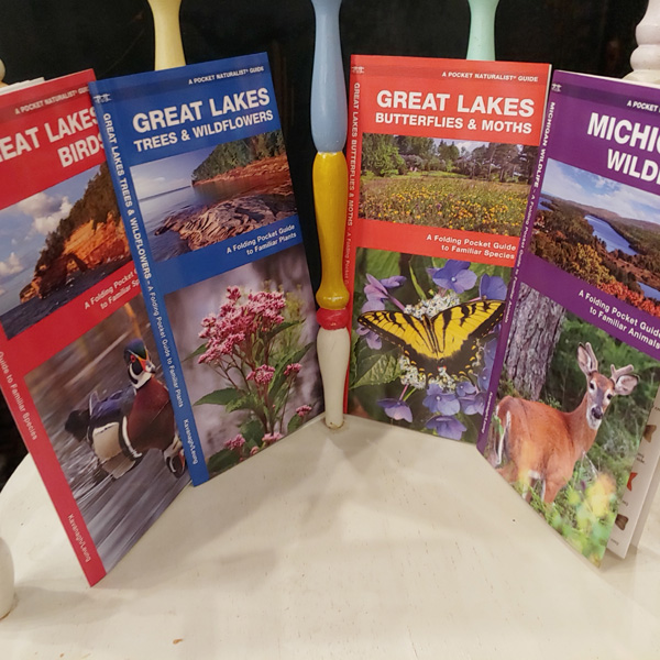 Pocket-Naturalist-Guides