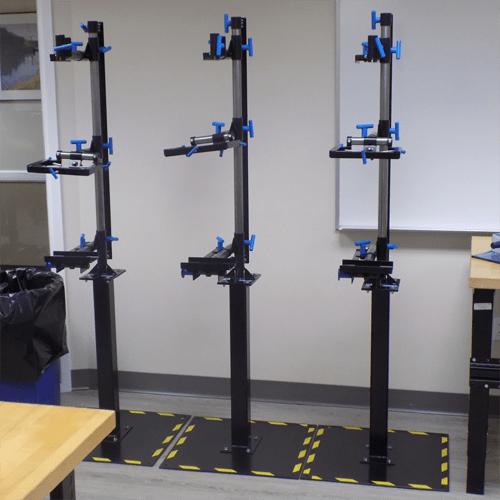 Prosthetic alignment fixture on floor stand